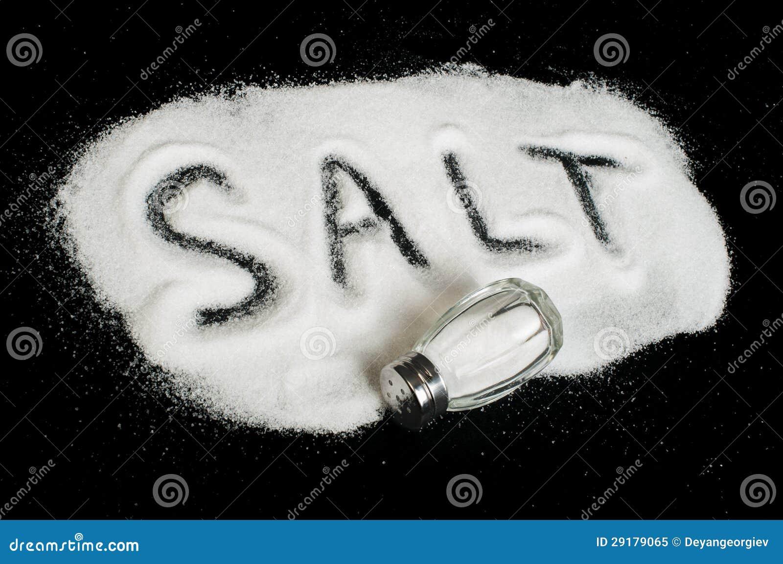 Sel de mot sur le fond noir image stock image du for Cuisinier sel
