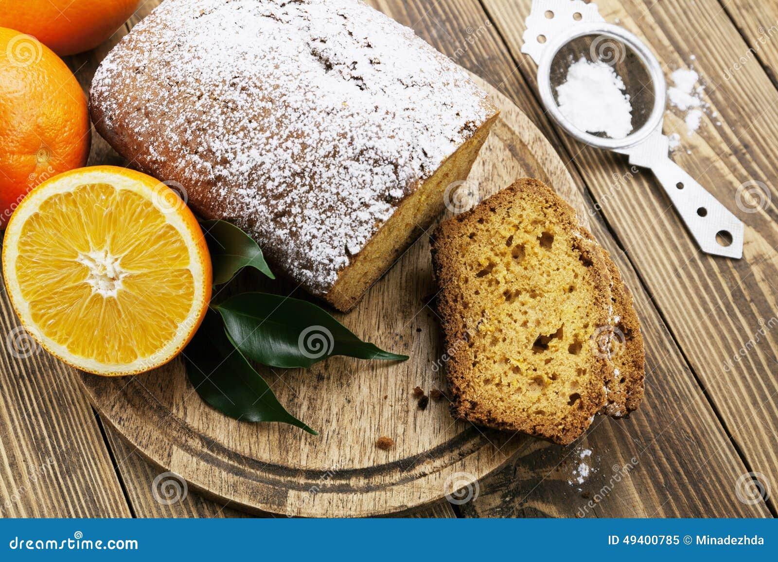 Download Selbst Gemachter Orange Kuchen Stockbild - Bild von gebacken, teller: 49400785