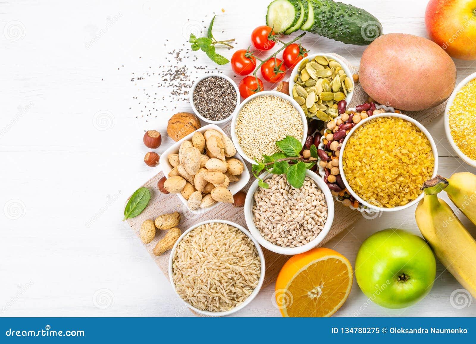 Seleção de boas fontes dos hidratos de carbono Dieta saudável do Vegan