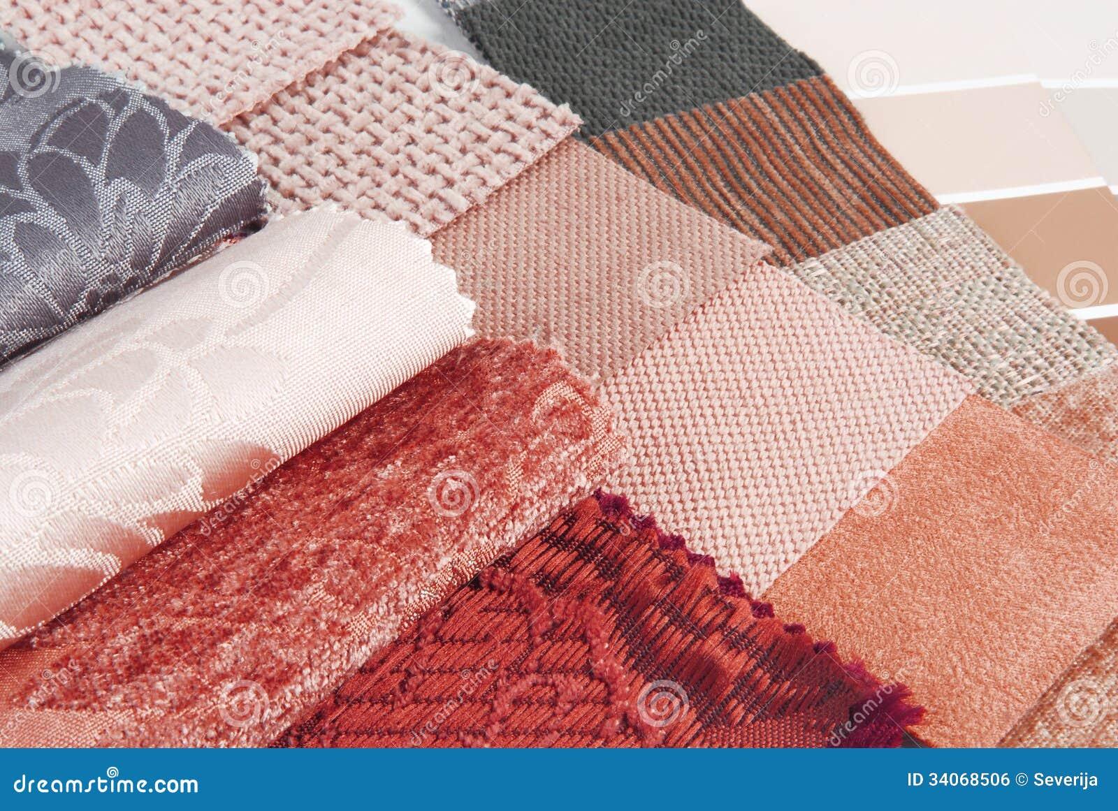 Seleção de cor da tapeçaria e da cortina de estofamento