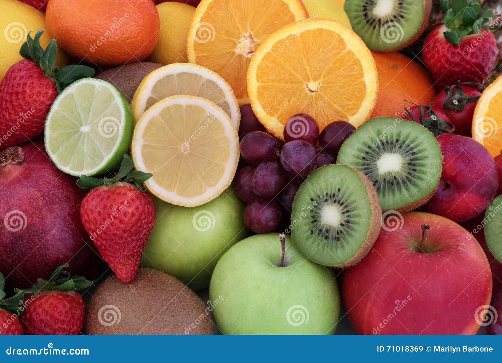 Selección sana de la fruta fresca