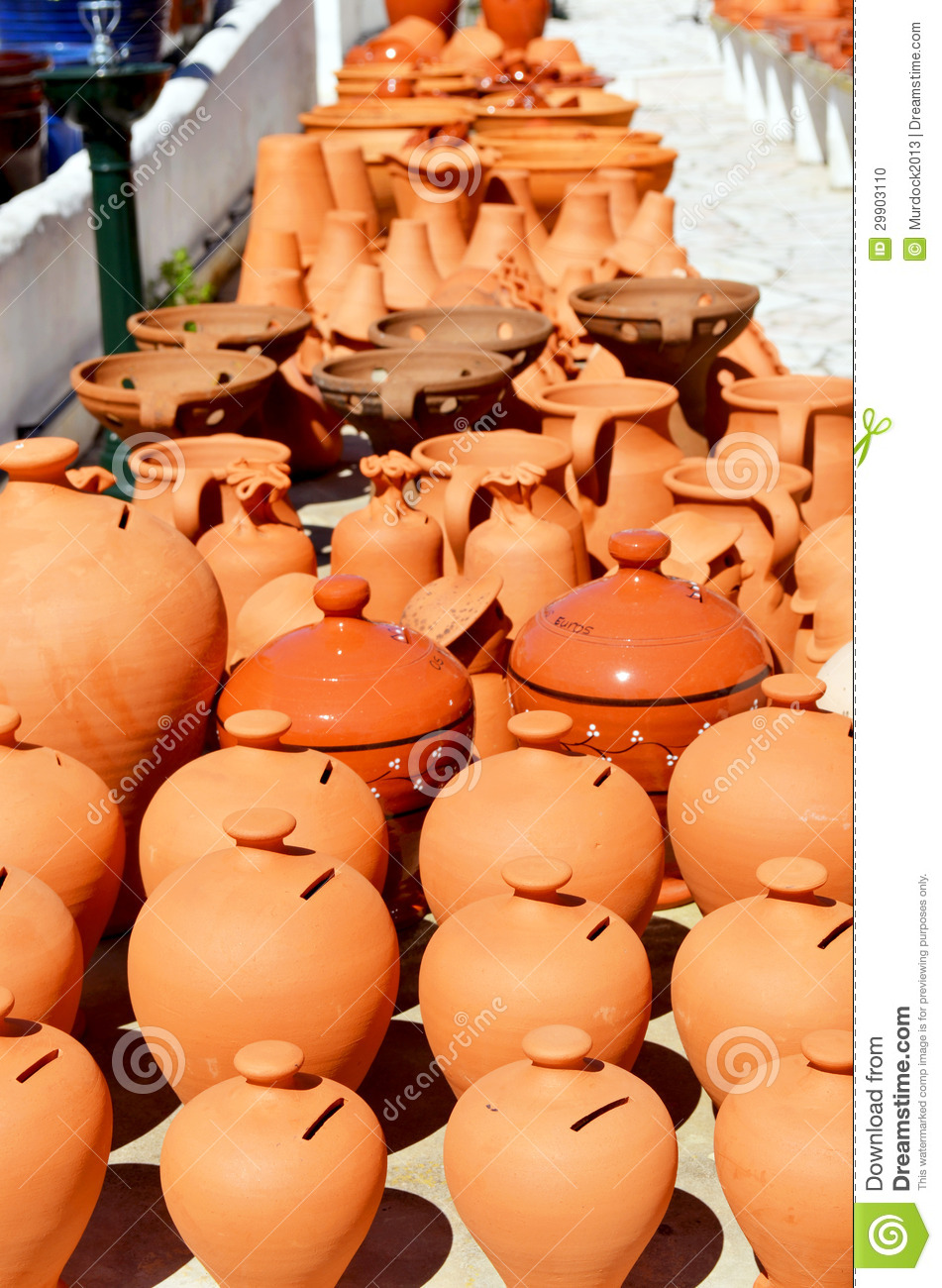 Algarve Terracotta Pots And Vases For Sale Stock Photo Image Of Plant Vases 29903110
