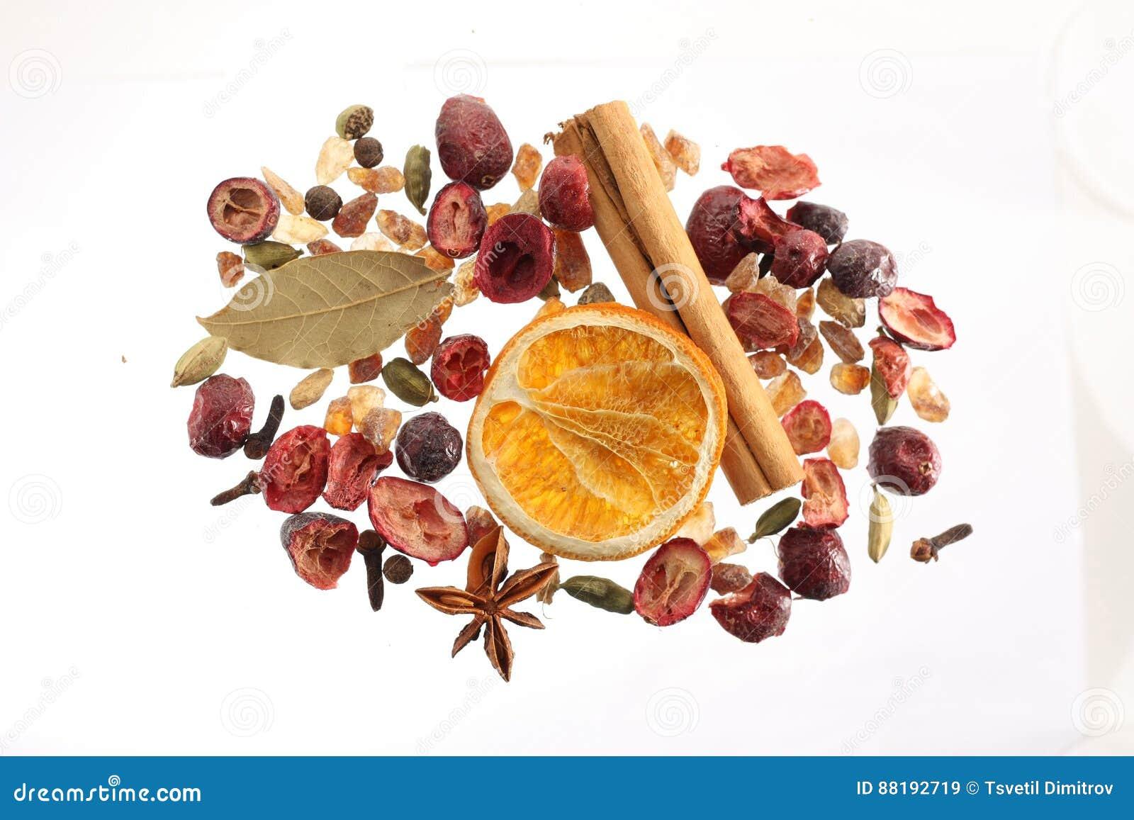 Selezione di frutta secca e delle spezie
