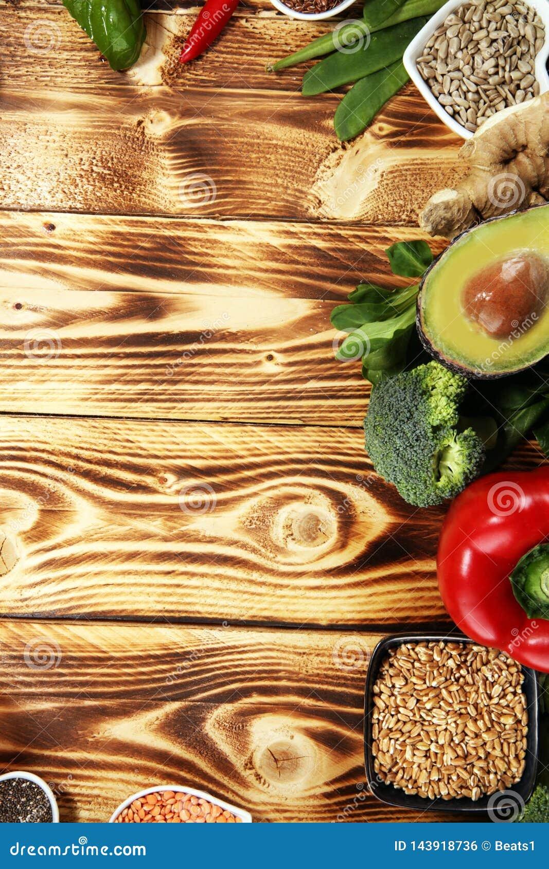 Selezione pulita di cibo dell alimento sano E