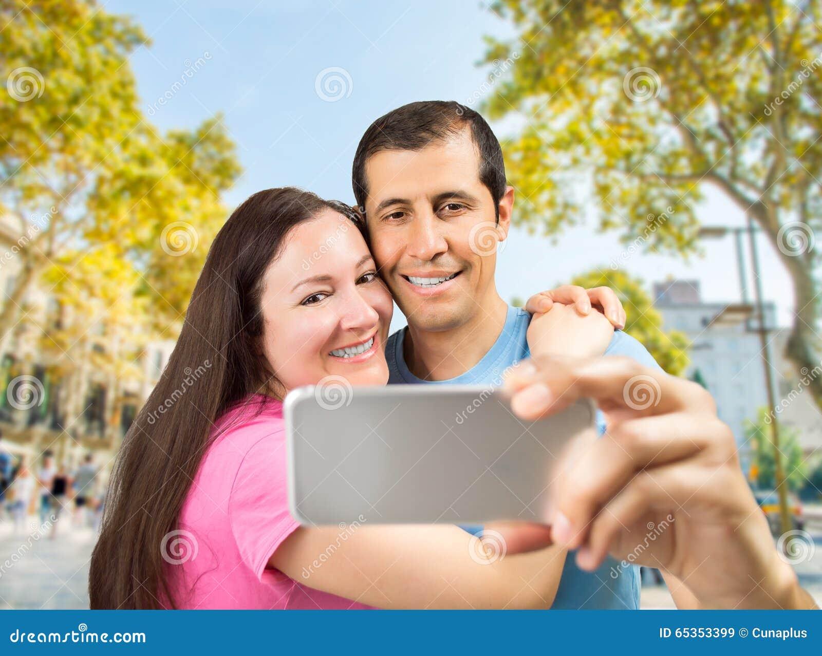 Selfie dos pares em Barcelona