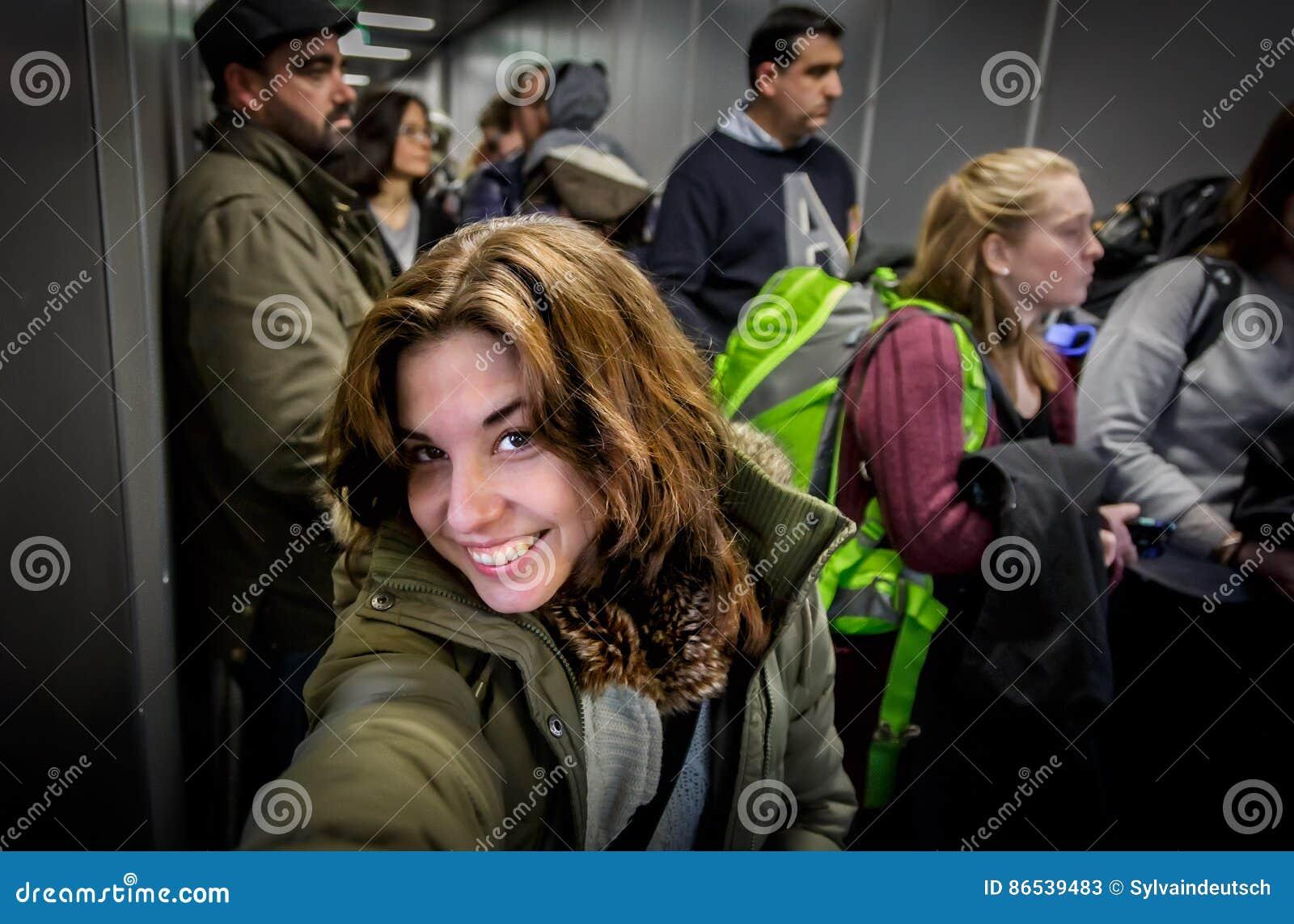 Selfie en el embarque plano