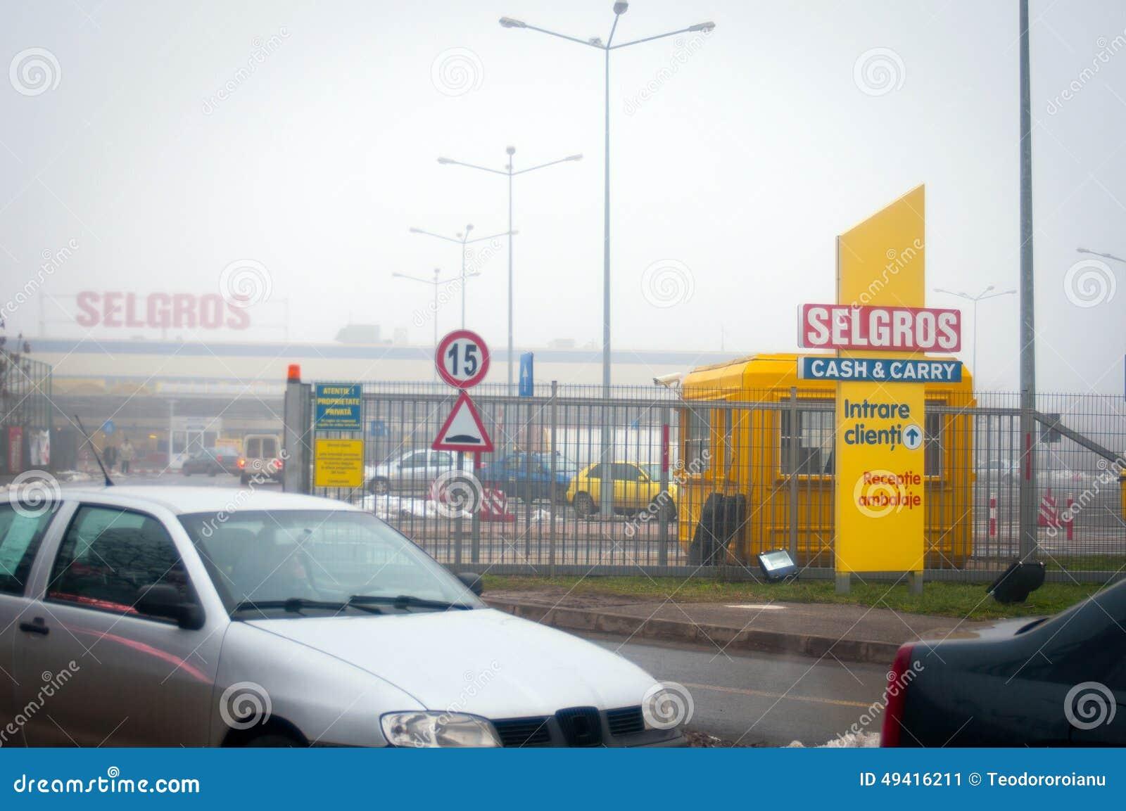 Download Selgros-Grossmarkt redaktionelles foto. Bild von süd - 49416211