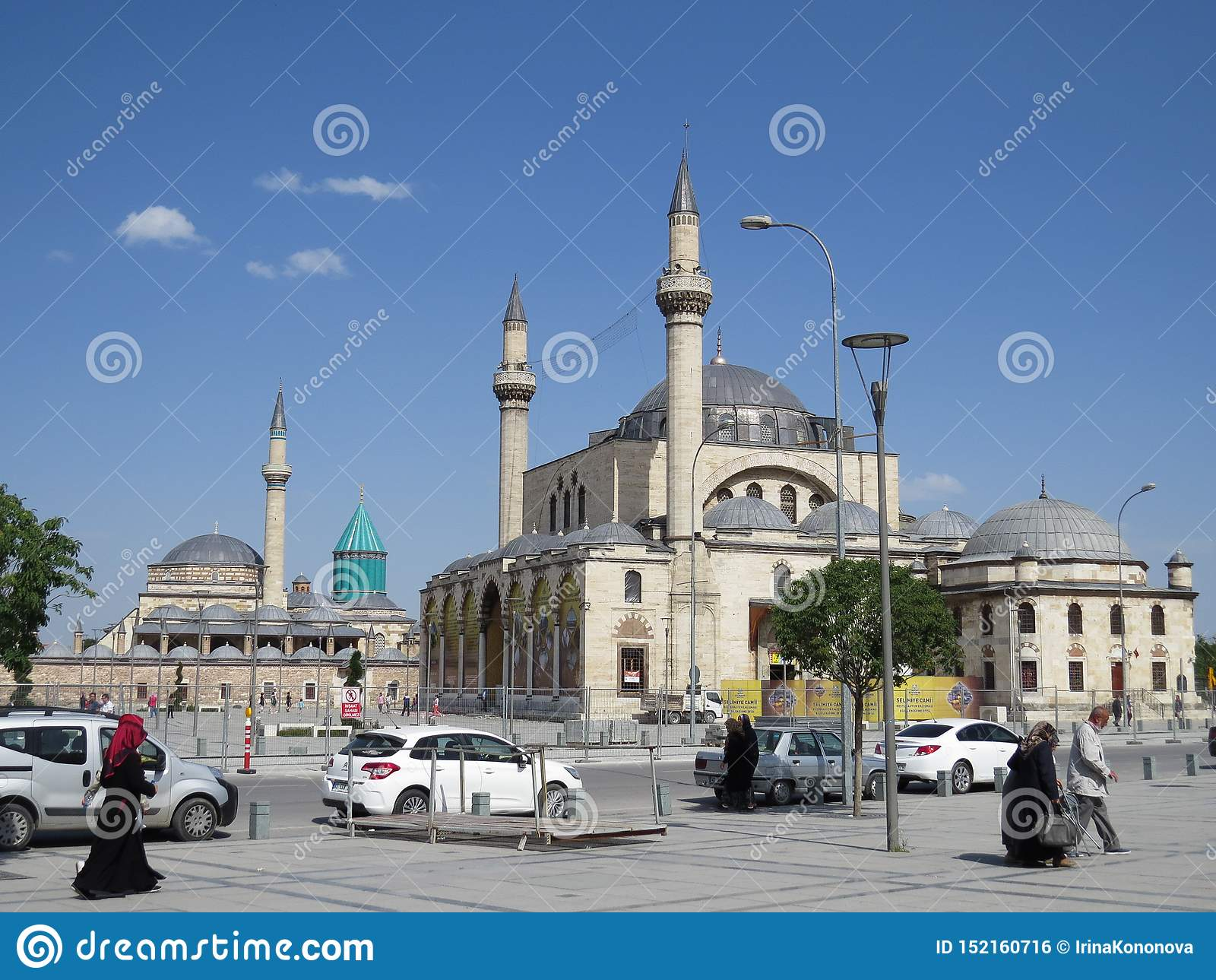 Selimiye是一个半球形的清真寺建造在苏丹塞利姆二世下在1566和1574之间