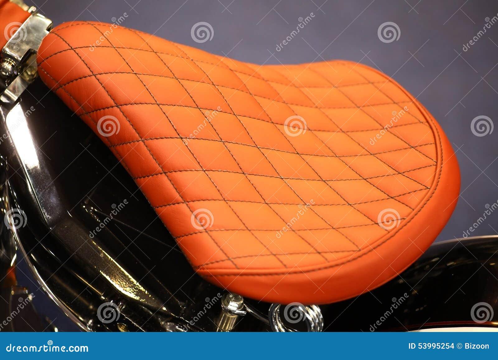 selle de moto de vintage photo stock image 53995254. Black Bedroom Furniture Sets. Home Design Ideas