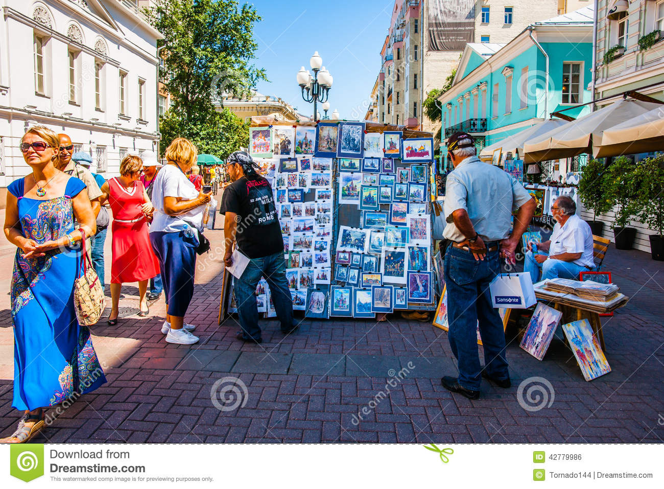 Selling art in arbat street of moscow russia editorial for Sell art prints online