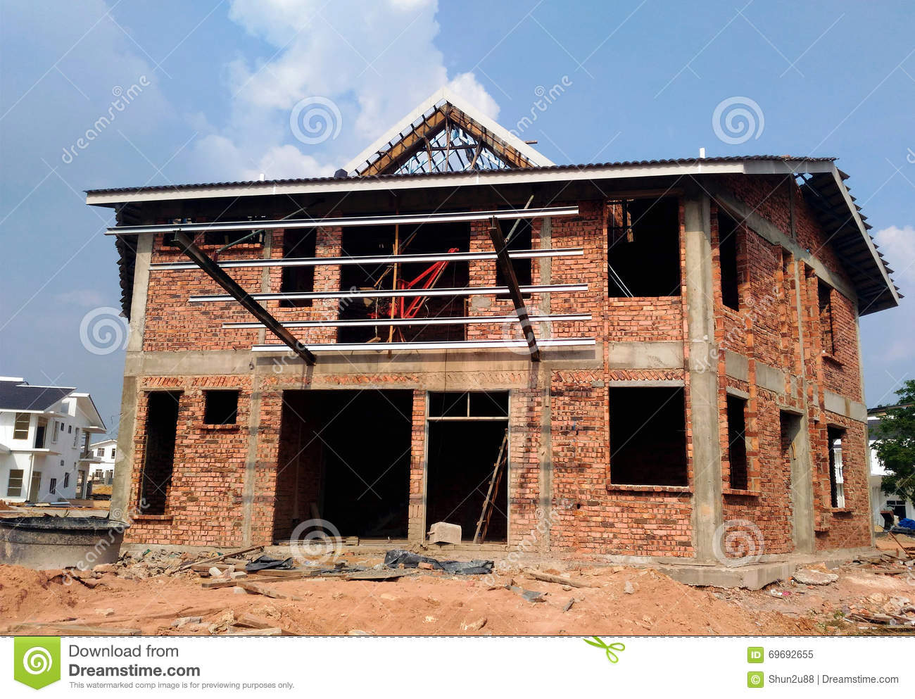 Semi Finished Bungalow House Stock Photo Image 69692655