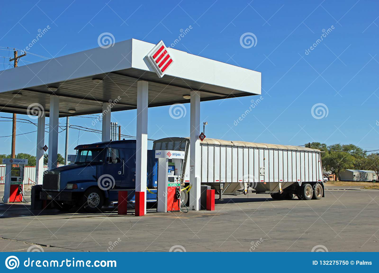 Stripes Gas Station Near Me >> Semi Truck Refueling At Stripes Gas Station In Fort Stockton