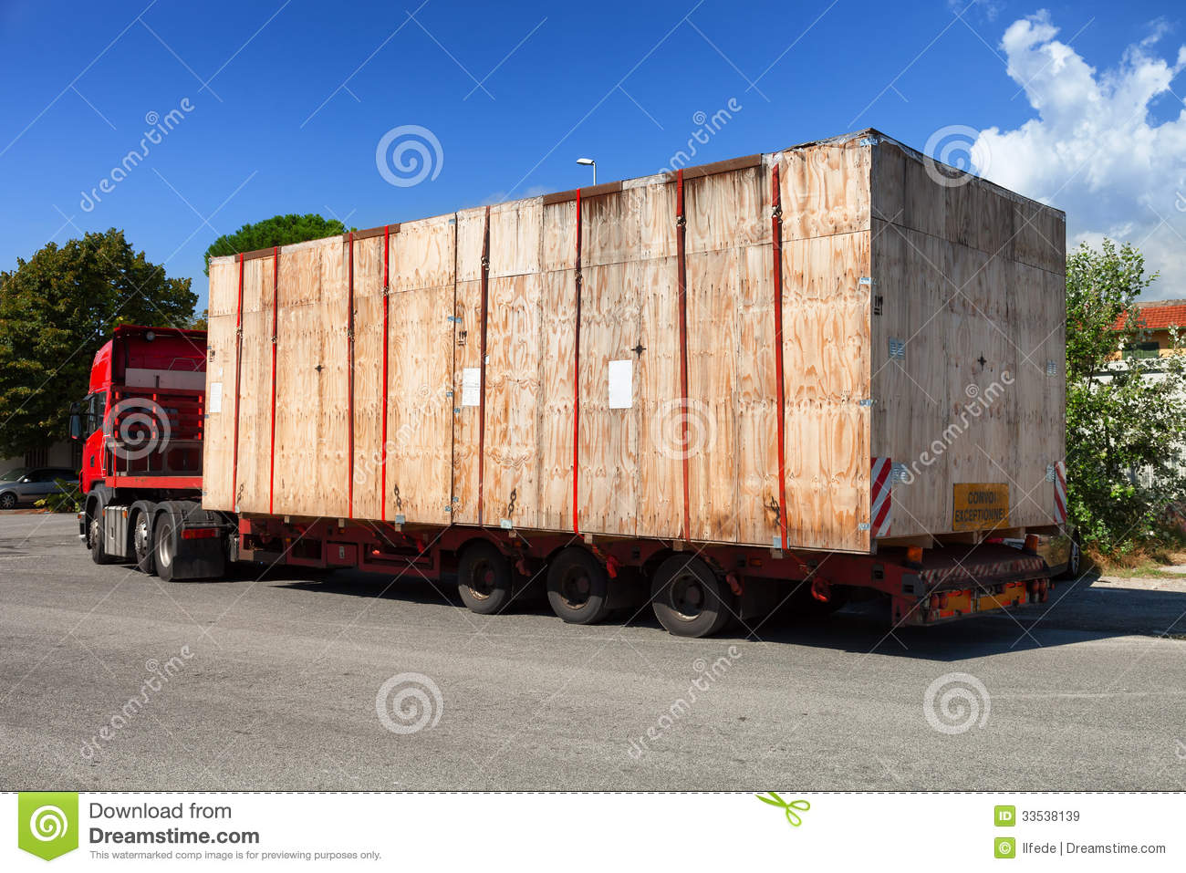 Semi Truck On The Road Royalty Free Stock Images - Image: 33538139