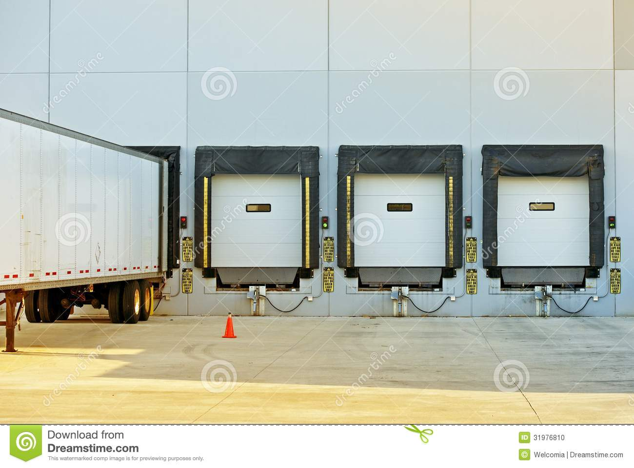 Semi truck and warehouse stock photo image 31976810 for Semi concrete house
