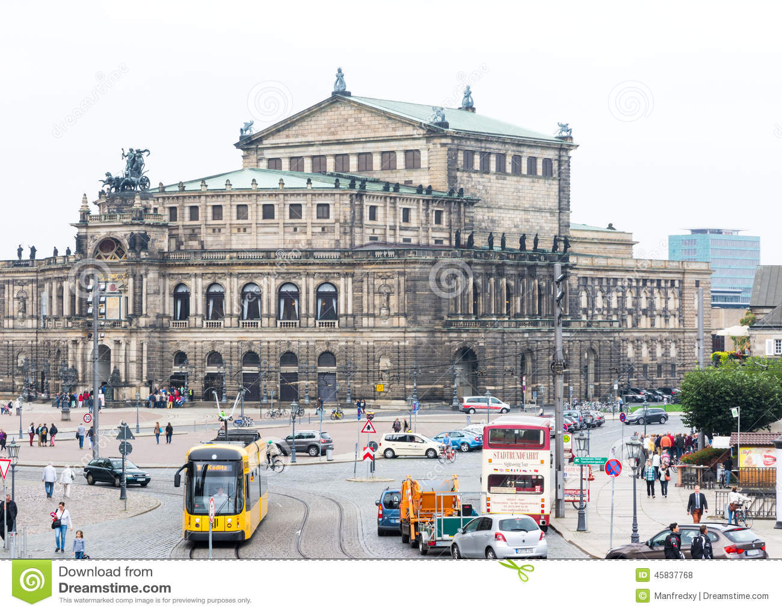 Semperoper a Dresda
