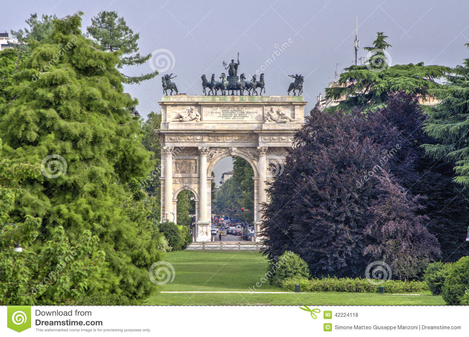 Sempione ειρήνης της Ιταλίας Μιλάνο πυλών αψίδων