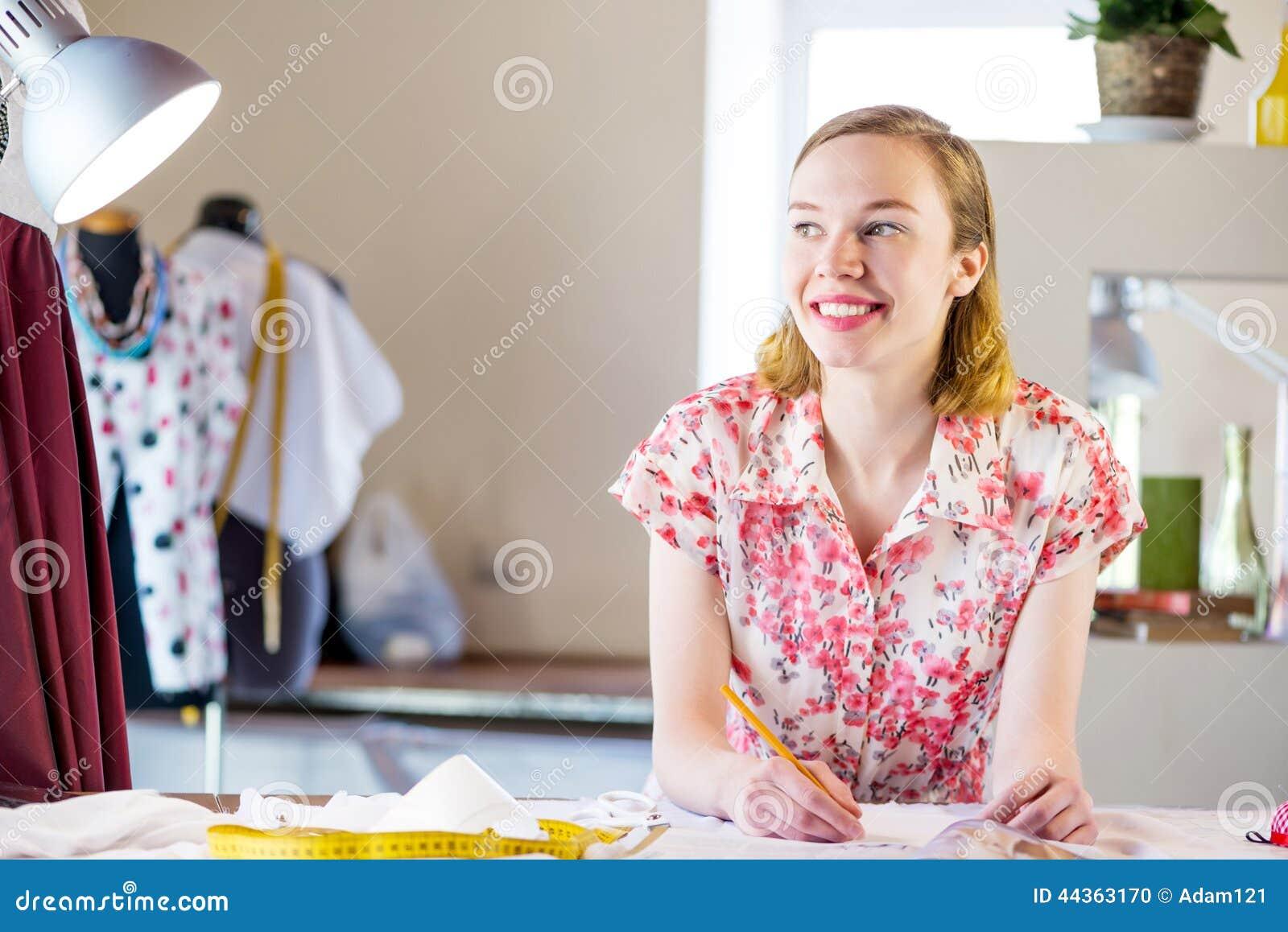 Sempstress sul lavoro
