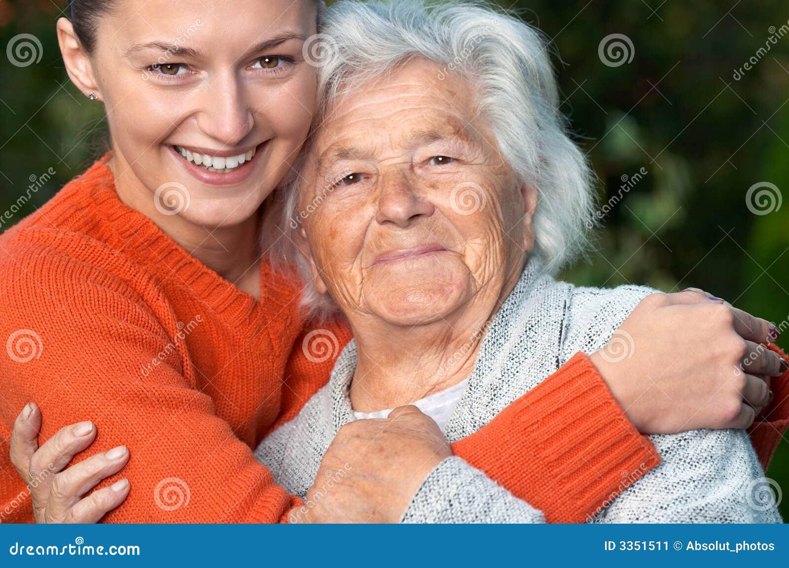 Senhora e neta sênior
