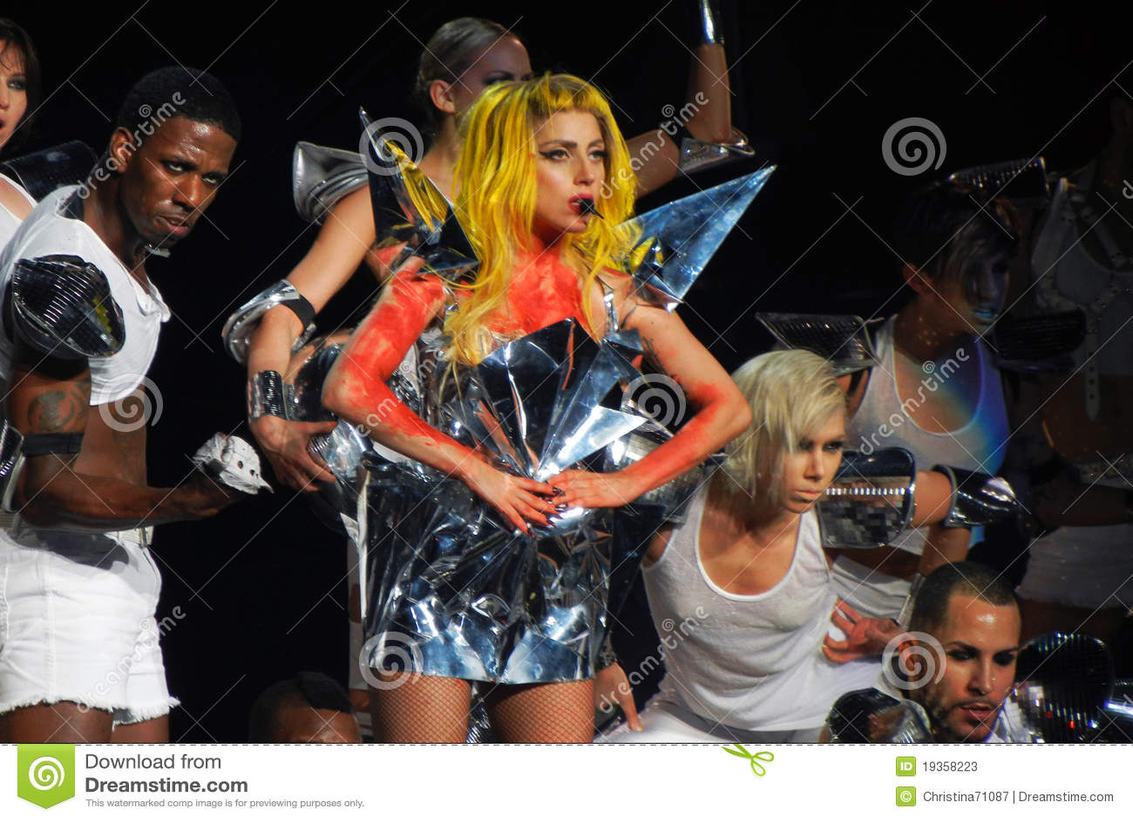 Senhora Gaga Vida fevereiro 28 2011