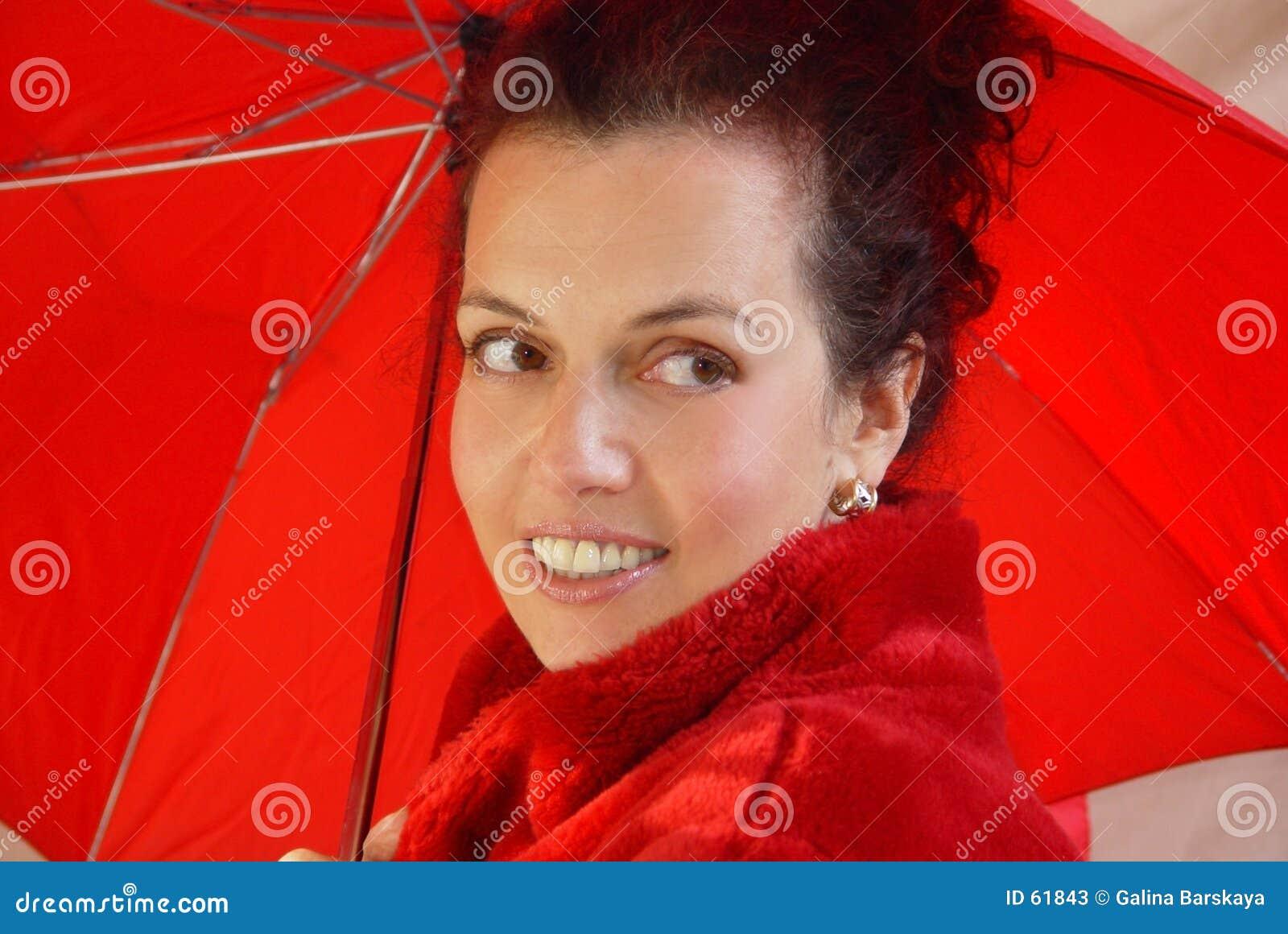 Senhora no vermelho