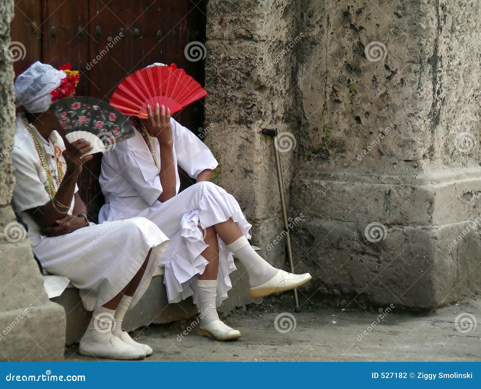 Senhoras em Cuba