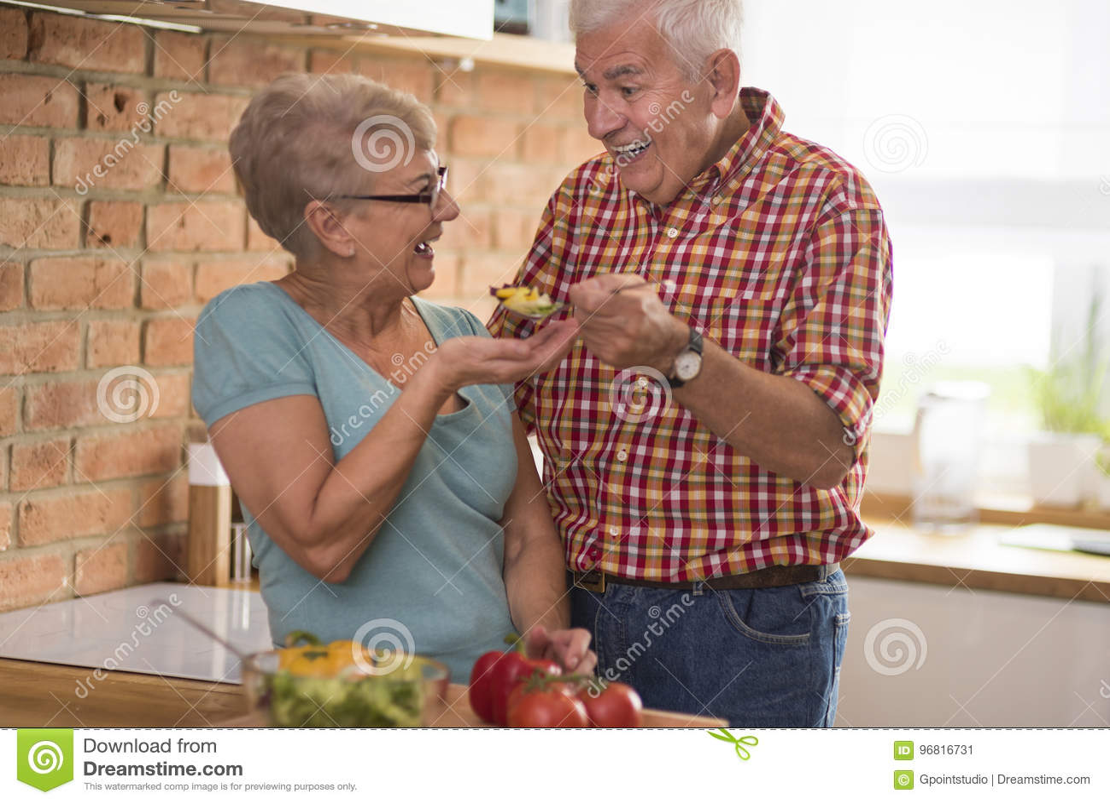 Senior couple at the kitchen