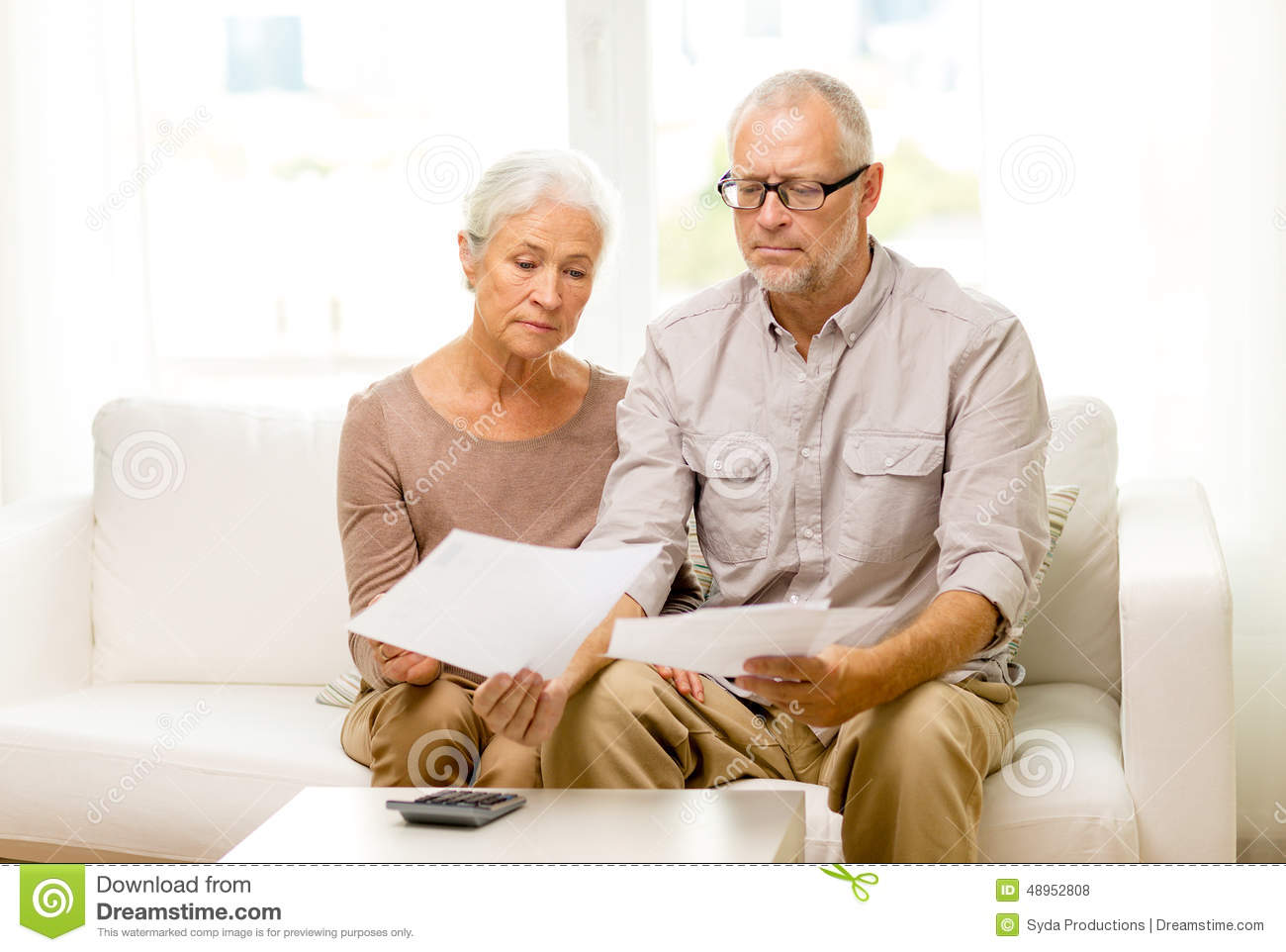 essays on aging parents How to care for aging parents a one-stop resource for all your medical, financial, housing, and emotional issues caring for an elderly parent can be rewarding, but it can also be completely.