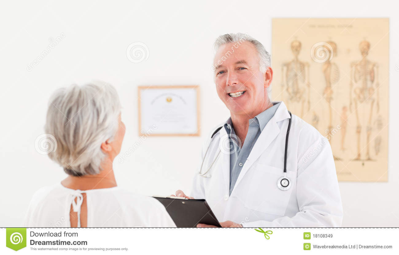 Sick Patient Pic : Senior Doctor Talking With His Sick Patient Royalty Free Stock Images ...