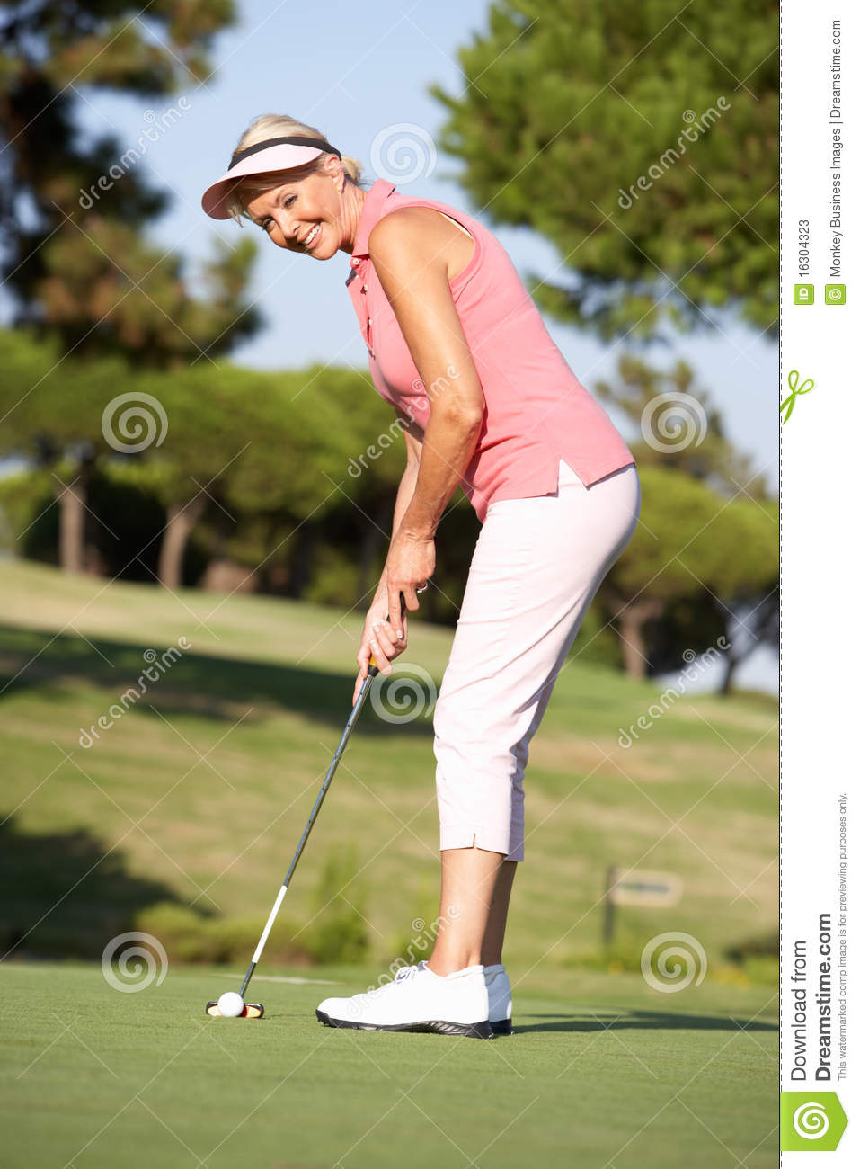 Best Golf Fashions