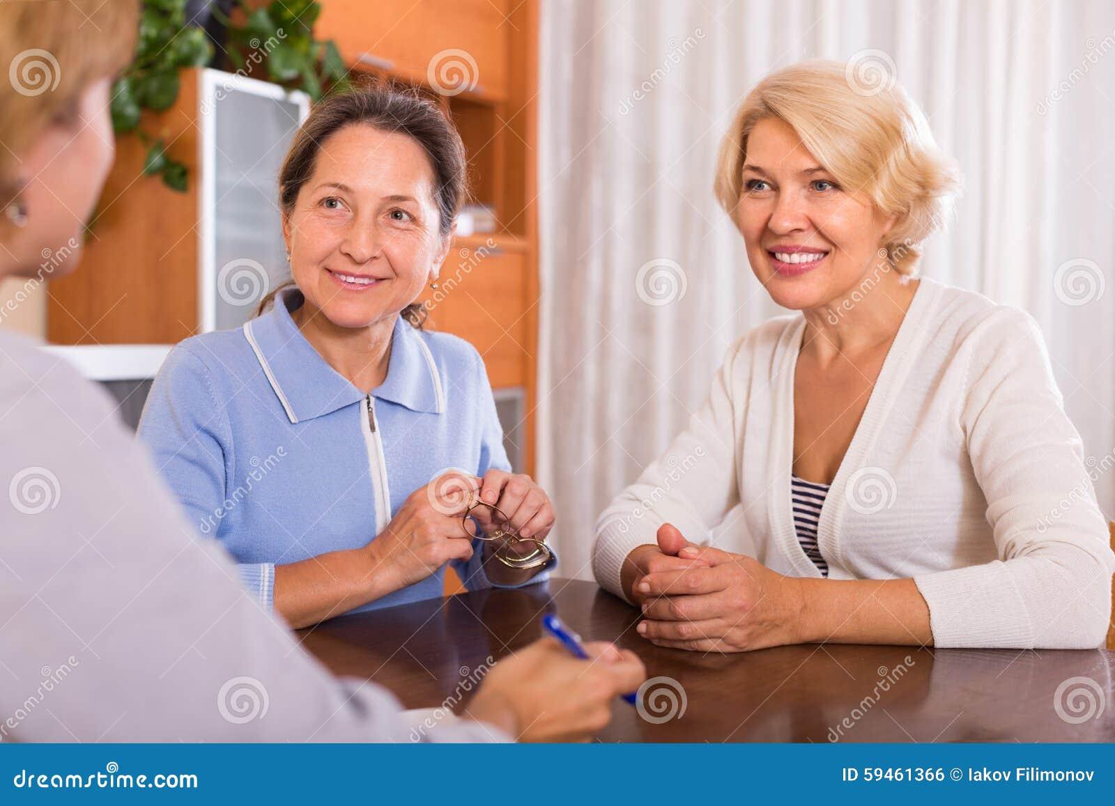Senior ladies with agent