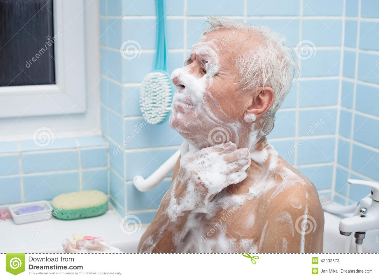 Senior man bathing stock image. Image of inside, bubbles - 43333673