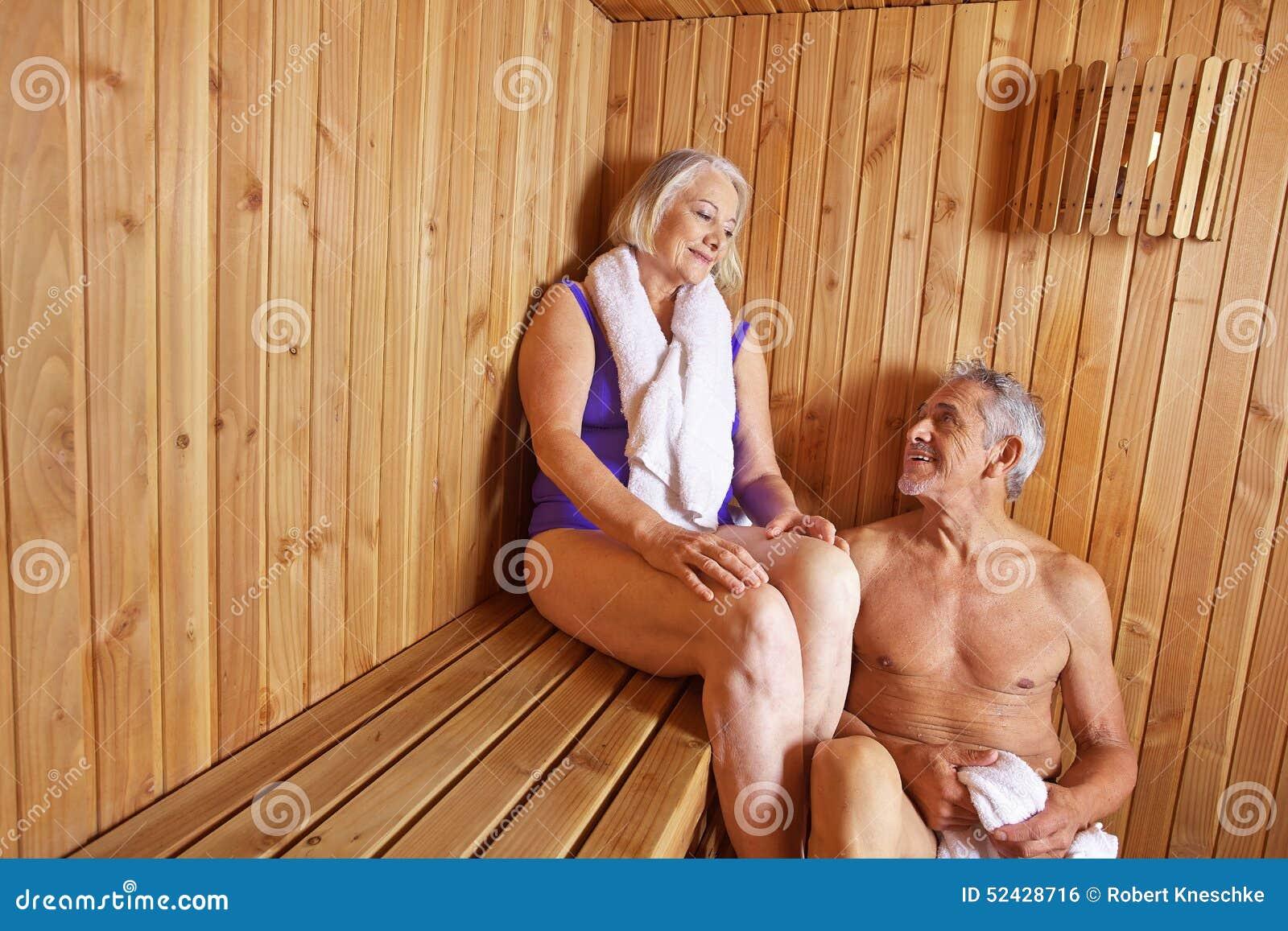 пожилые пары моются в бане онлайн жаль, что