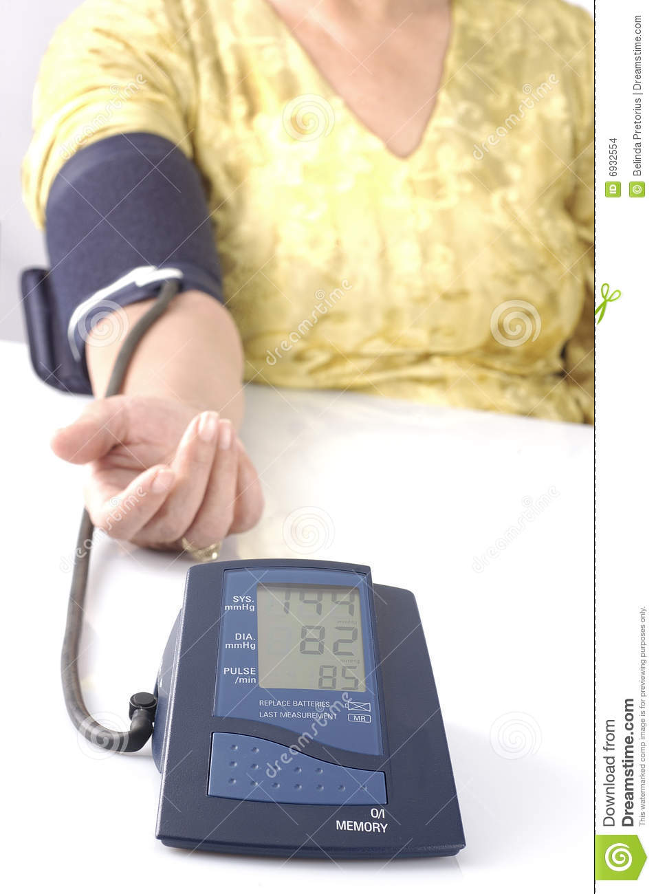 how to take a blood pressure test