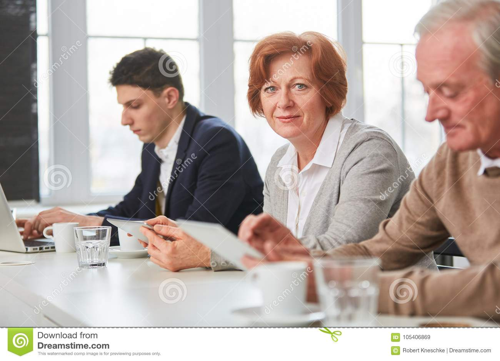 Senior Meeting People Com