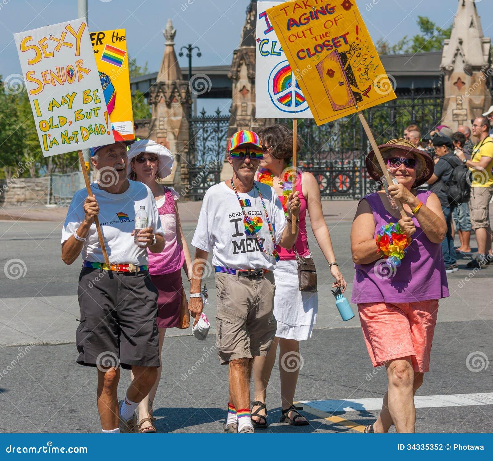 Senioren in Haupt-Pride Parade