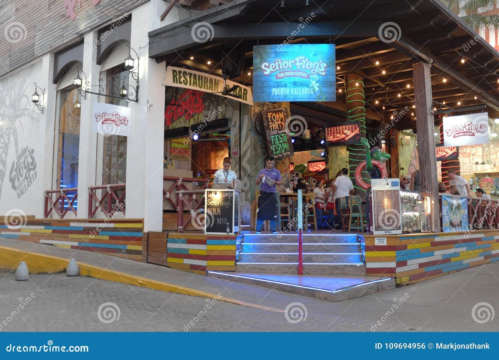 Ночной клуб лягушка клубы алабаев в москве