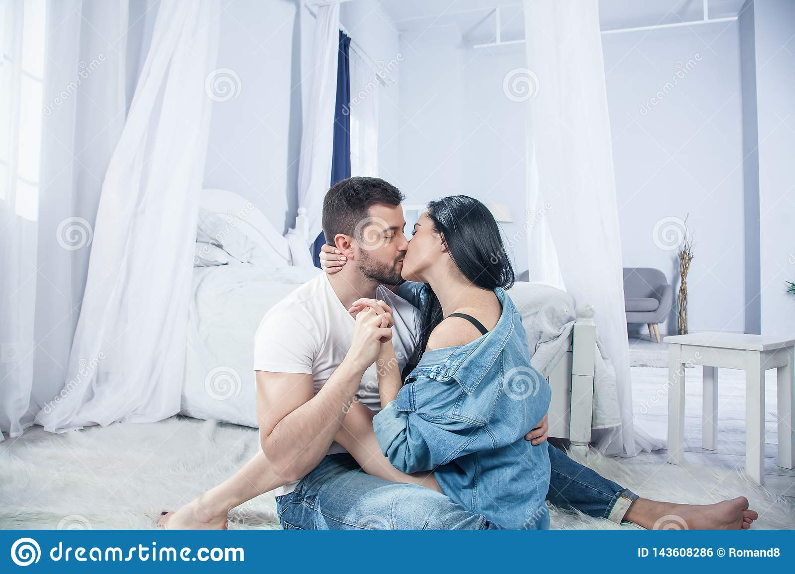 Sensual Couple Kiss I Love You Couple In Love Romantic And Love