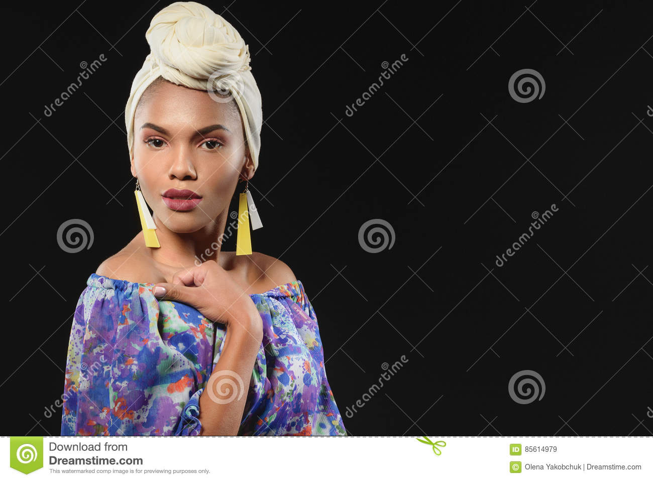Sensual Woman In African Traditional Clothing Stock Image - Image ...