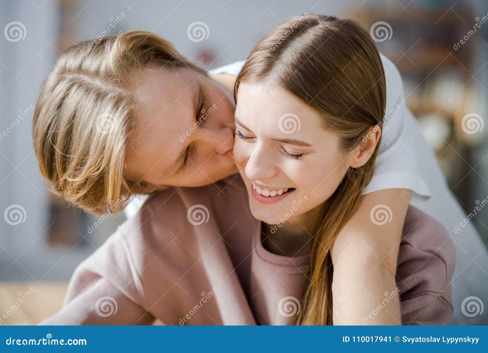 Sentiments doux entre les amants