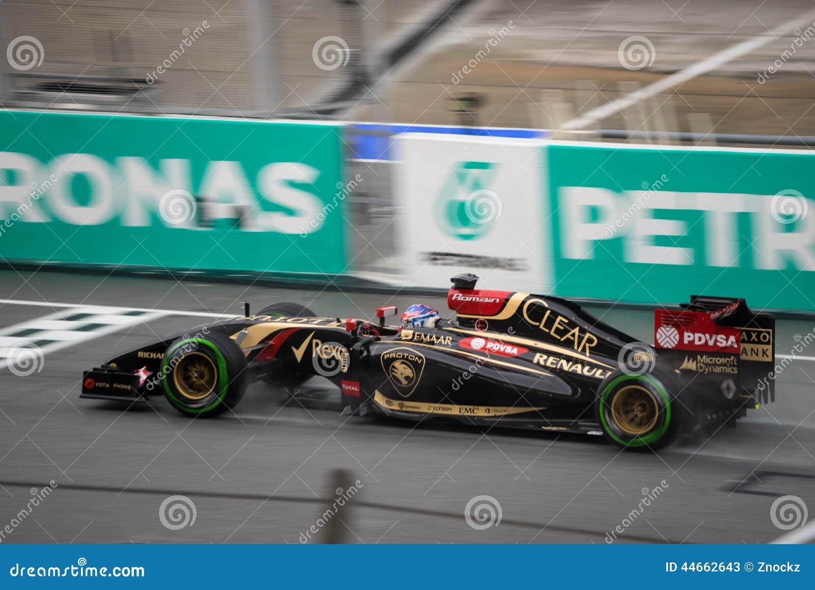 SEPANG - 29 MARZO: Romain Grosjean Driving Rain