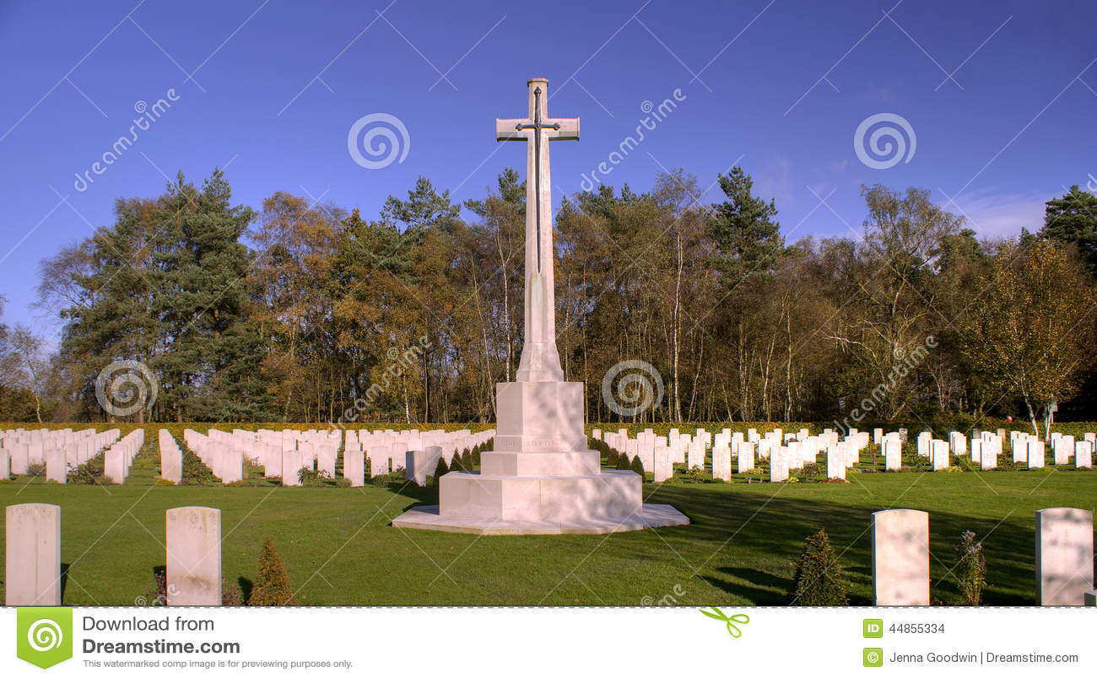 Download Sepulcros de la guerra foto de archivo. Imagen de muerte - 44855334