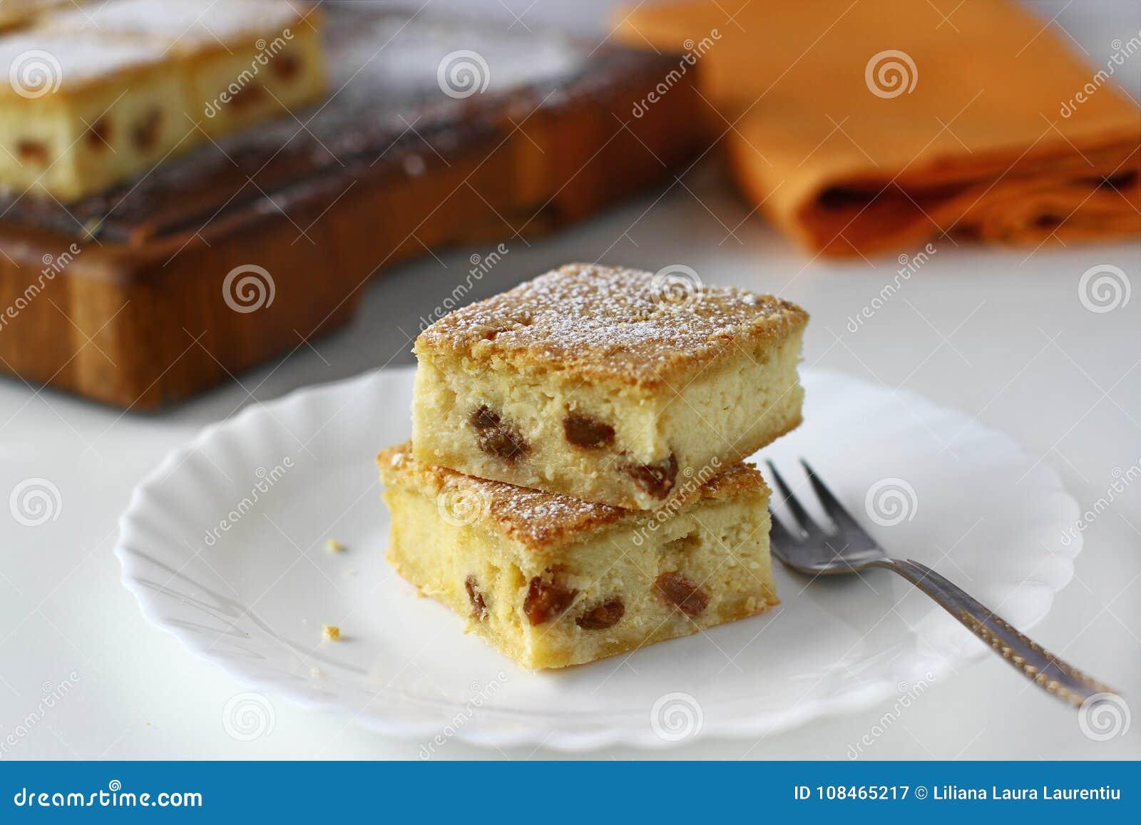 Serów kwadraty z rodzynką, cheesecake