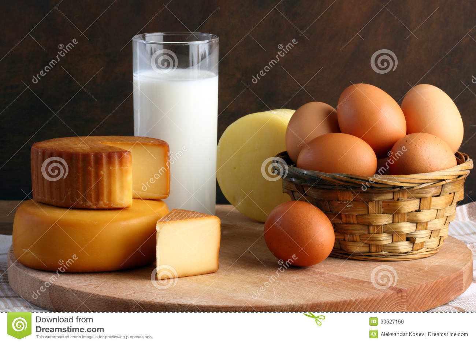 Ser, mleko i jajka,
