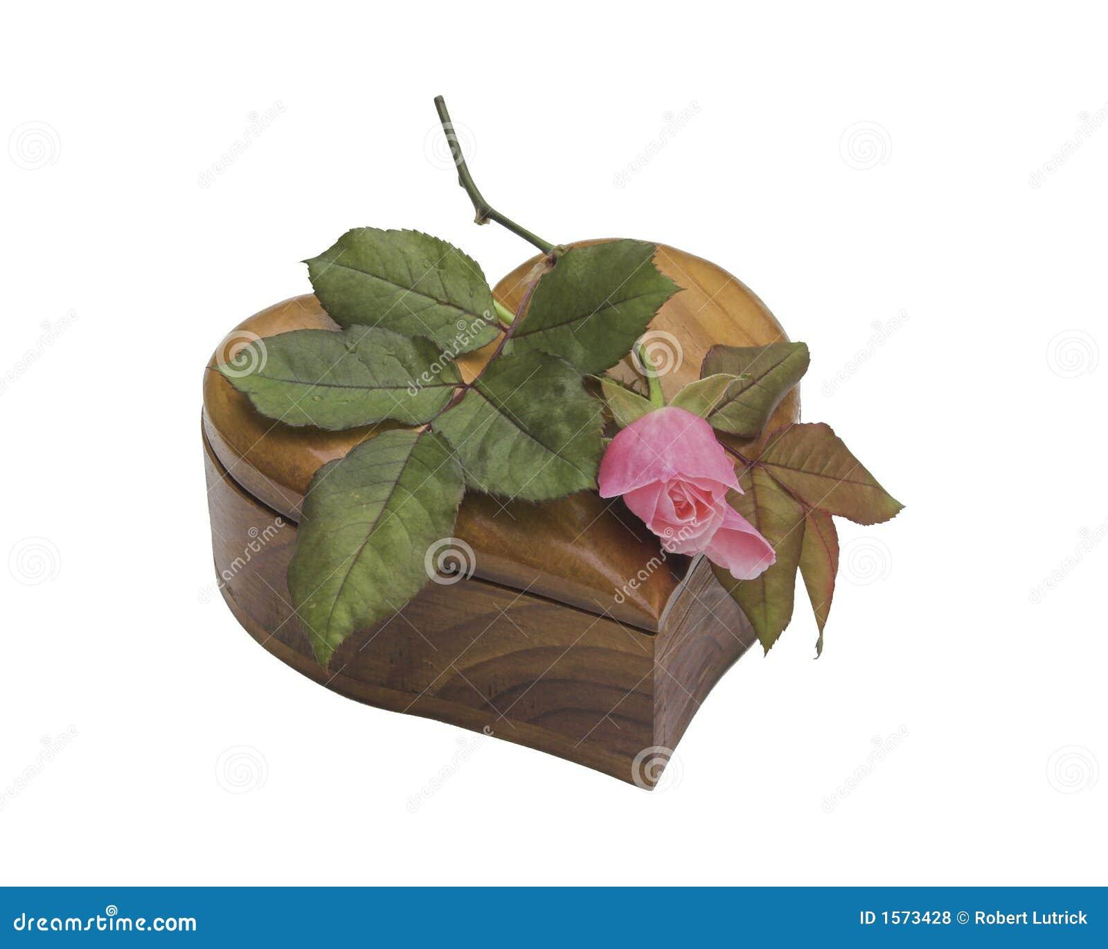 Serce różową różę