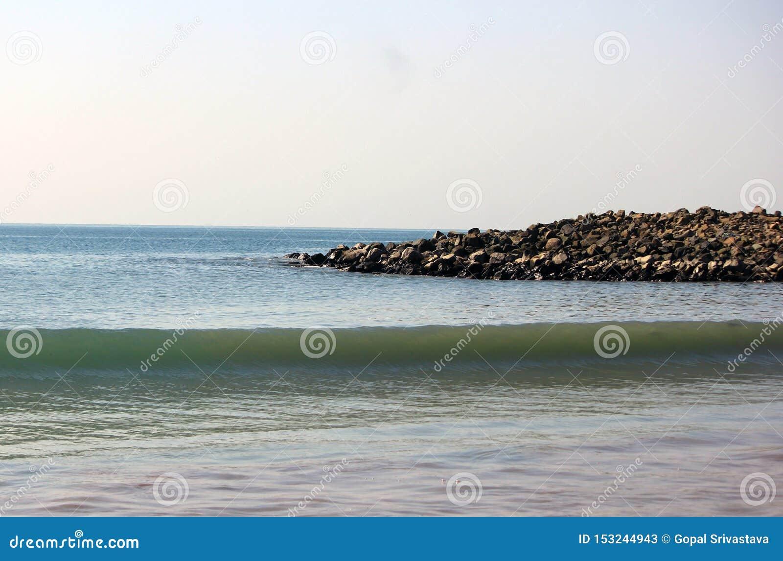 Serene Seascape perto do Oceano Índico