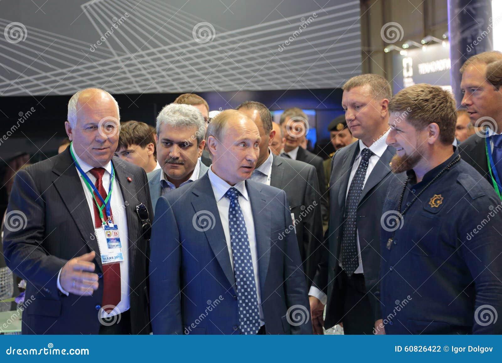 Sergey Chemezov, Vladimir Putin y Ramzan Kadyrov
