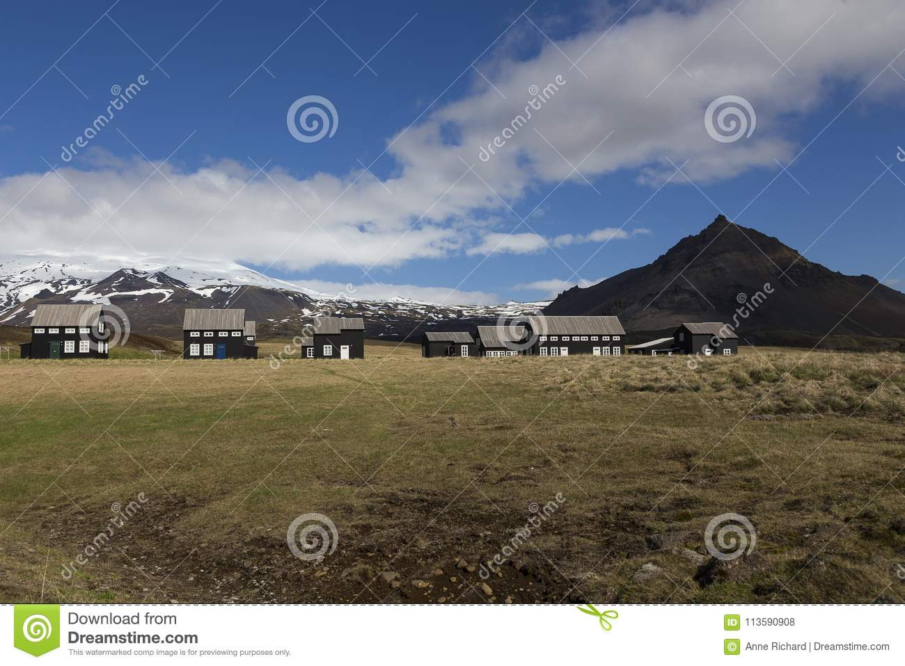 Stupendous Series Of Black Houses With Grey Roofs In Hellnar Iceland Download Free Architecture Designs Xoliawazosbritishbridgeorg
