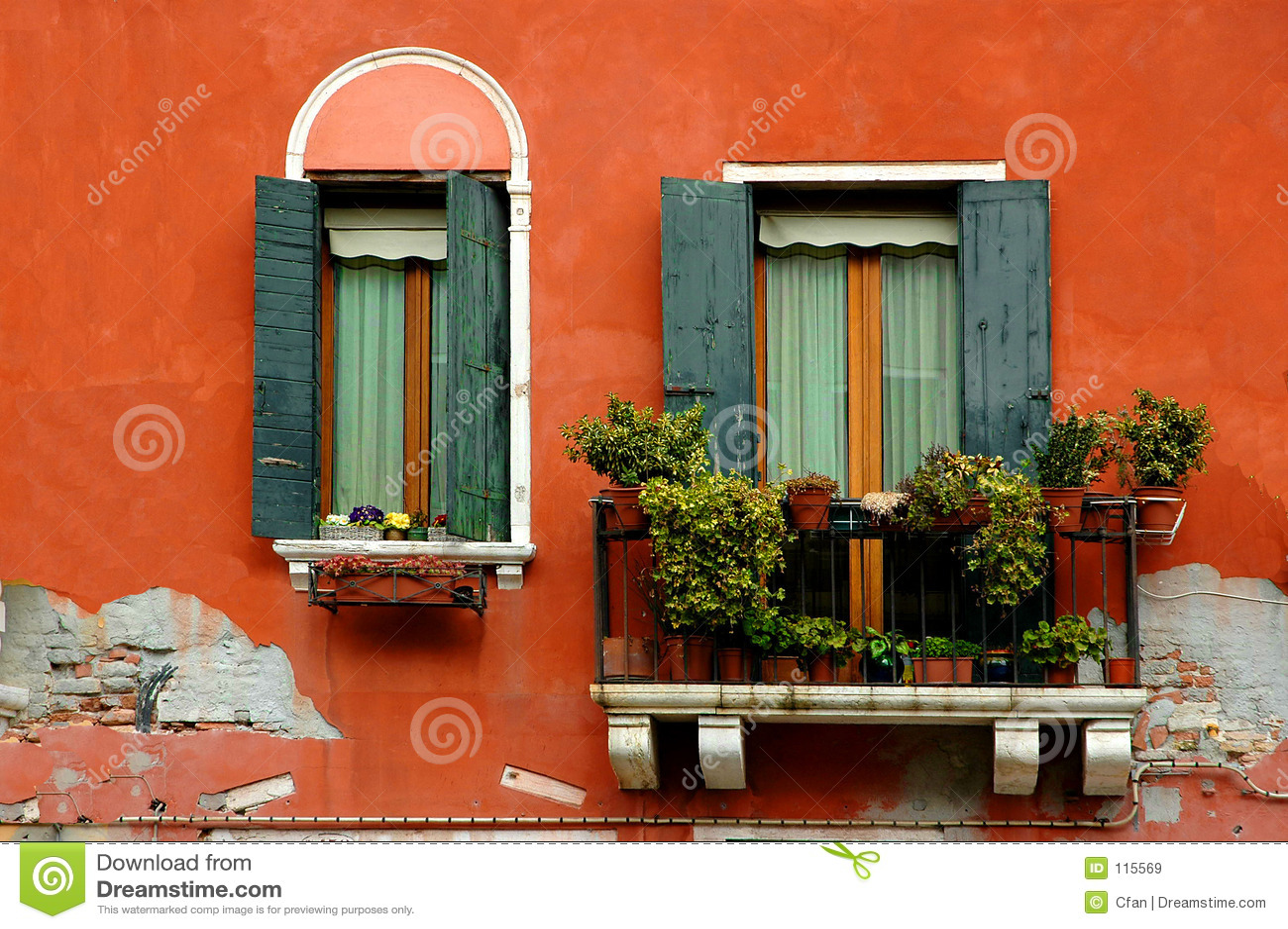 Serievenice fönster