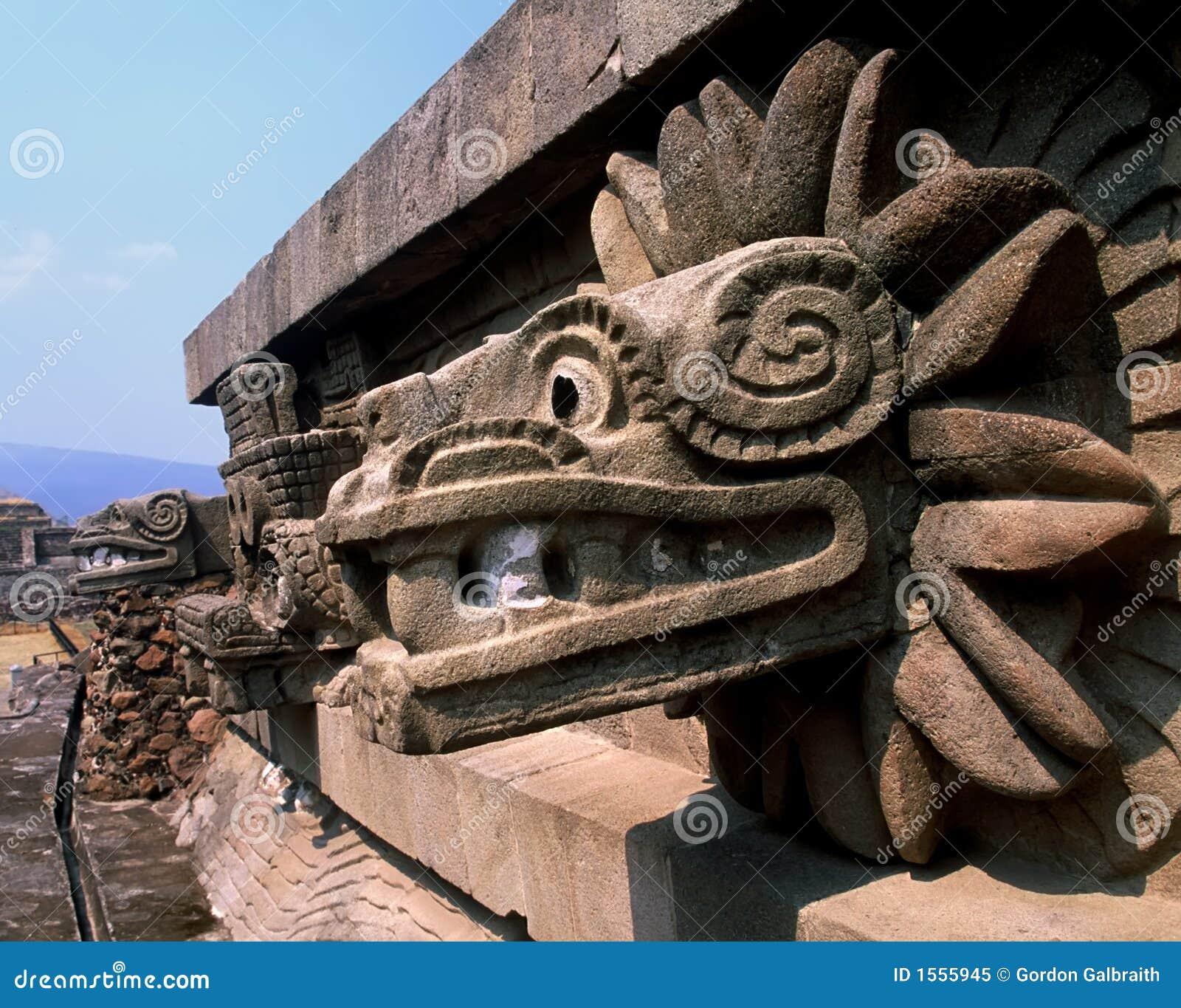 Serpent Quetzalcoatl Royalty Free Stock Photo - Image: 1555945