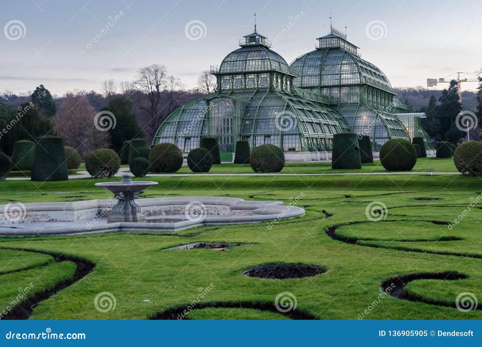 Giardino D Inverno In Vetro serre serre di vetro e un giardino di inverno, la precedente